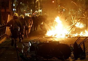 Greece_riots2