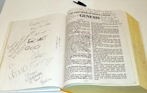 Bible_glasgow