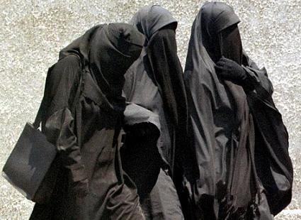 Burqa-3-de8f6