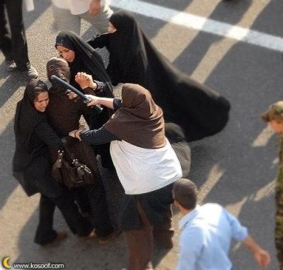 Iranian-women-rally-Tehran2
