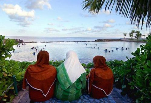 Maldives_women2