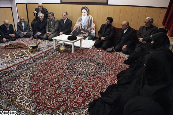 Iran-khomeini-2