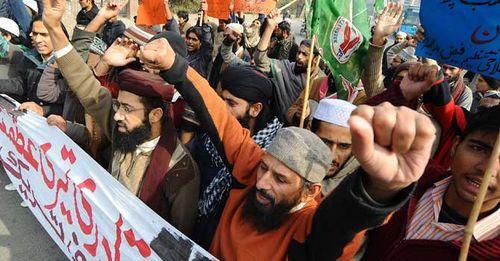 Pakistan-blasphemylaw-afp-670