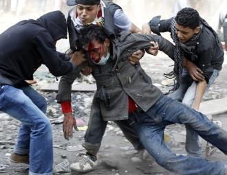 Egypte-manifestant-blesse