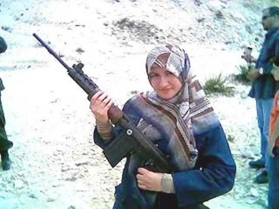 Hezbollah-girl