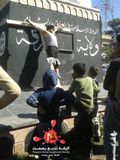 Enfants-crucifixions